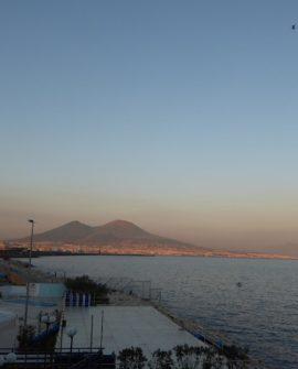 36 Vesuvio z Neapolu